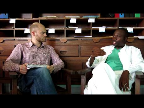 Durch ein xx-Stipendium hospitierte Michel Mbungu ab 2008 für eineinhalb Jahre im Coburger Klinikum in der Anästhesie. Ein Gespräch über Sprachbarrieren und Luxusmedizin