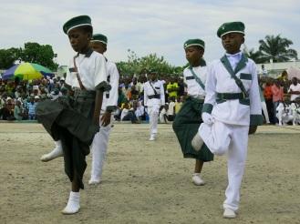 Auch wenn Kinder in Uniform marschieren, waren die Kimbanguisten immer friedlich